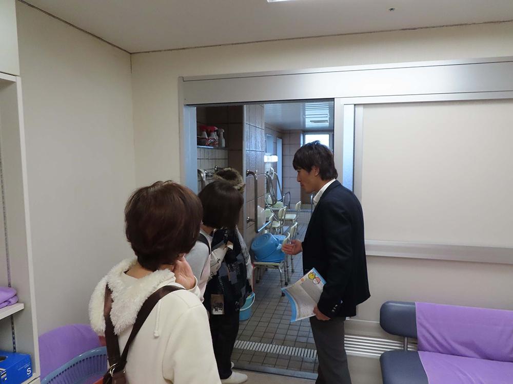 介護施設見学ツアーの写真2